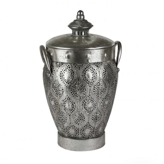 Gümüş kapaklı vazo